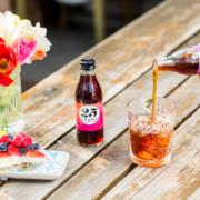 """Mit """"cold brew coffee"""" lassen sich nicht nur Mixgetränke wie Gin Tonic, Rum Cola oder Negroni, sondern auch Kuchen und andere Desserts aufpeppen"""